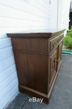 Art Nouveau Early 1900s Distressed Solid Tiger Oak Console Server Buffet 9833
