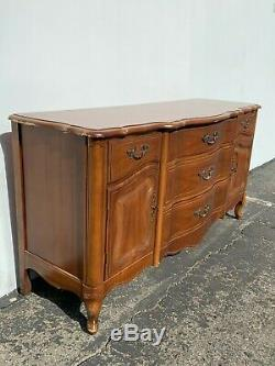 French Provincial Wood Cabinet Console Bench Tv Stand Server Storage Table