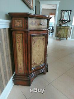 Hooker Furniture Hand painted Side Board Buffet Credenza Shabby Chic Gorgeous