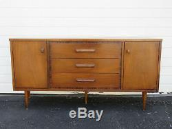Mid Century Buffet Sideboard Server Media TV Console Credenza by Bassett 8924