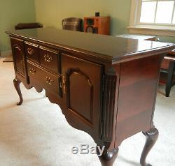 Thomasville Collectors Cherry Wood Buffet Sideboard Server Queen Anne Legs VGC